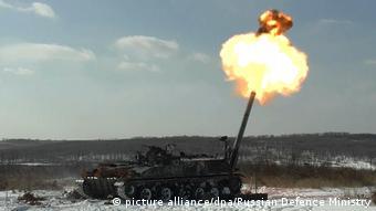 Tensão na fronteira: tanque russo dispara em exercício militar