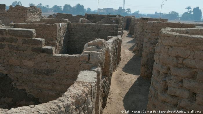 Виявлене золоте місто поблизу Луксора