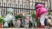 Großbritannien London | Tod von Prinz Philip |Trauerbekundungen Buckingham Palace