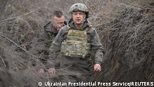 Ukraine Präsident Volodymyr Zelenskiy an der russisch-ukrainischen Grenze