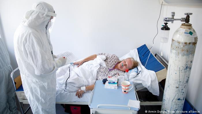 Bosnien und Herzegowina Coronavirus l Patientin im Krankenhaus