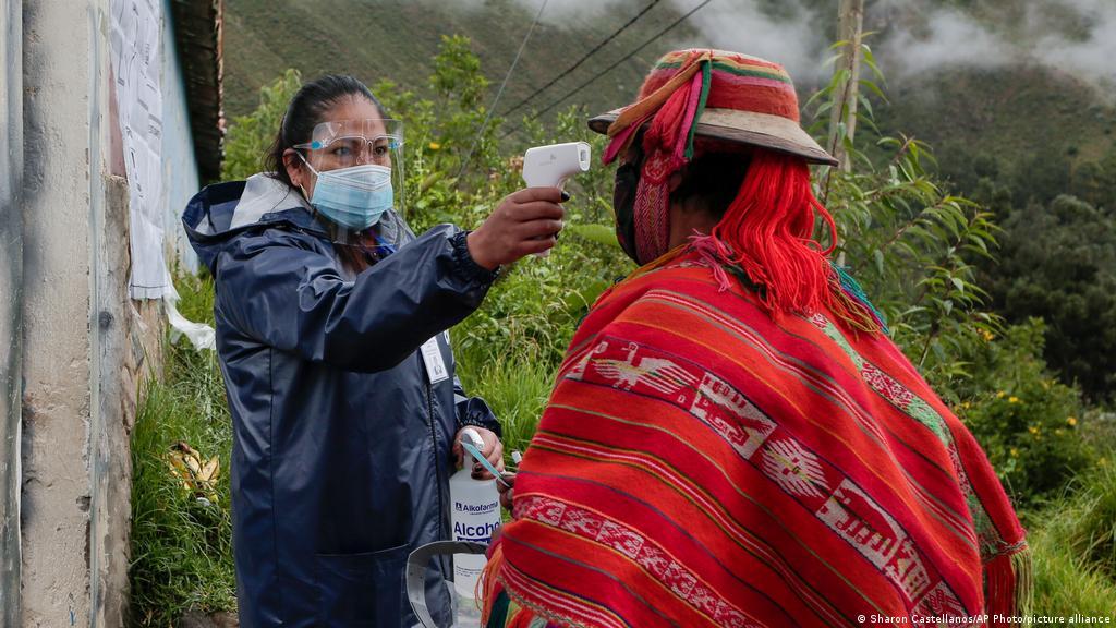 Alerta por nueva variante Andina de coronavirus en Latinoamérica |  Coronavirus | DW | 03.06.2021