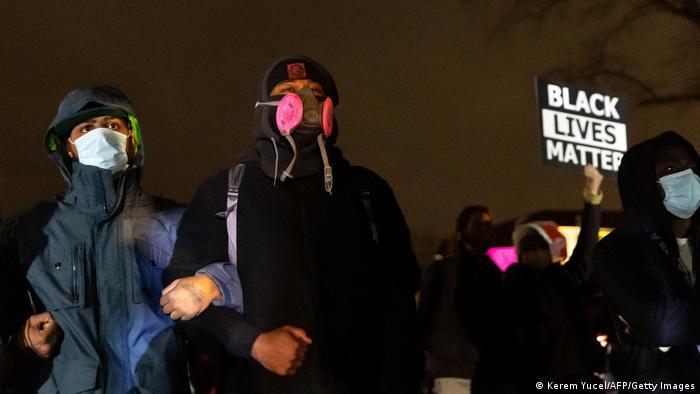 USA Minneapolis Proteste nachdem die Polizei einen Schwarzen erschossen hat