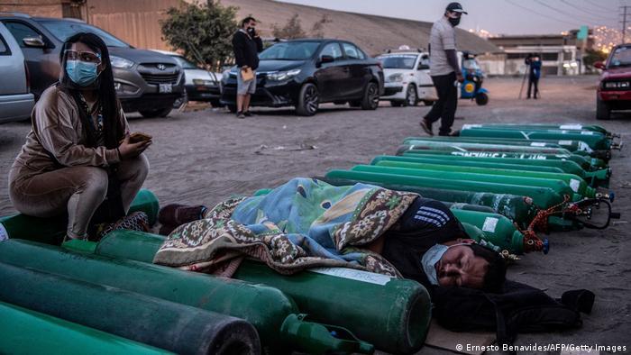 Weltspiegel 12.04.2021 | Corona |Peru Lima |Warten auf Auffüllung leerer Sauerstoffflaschen