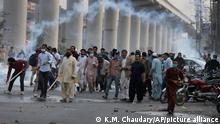 Pakistan I Proteste nach Festnahme von TLP-Chef Saad Rizvi in Lahore
