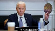 Joe Biden und Kamala Harris I American Jobs Plan