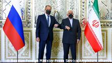 Sergej Lavrow in Teheran with counterpart Iranian Foreign Minister Mohammad Javad Zarif