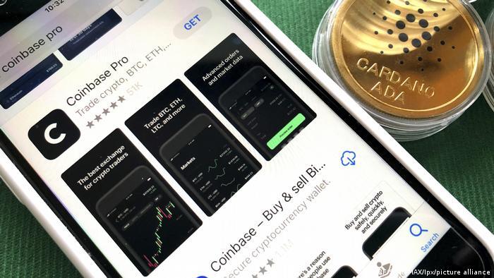 Додаток Coinbase на смартфоні