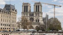 Catedral de Notre-Dame, em Paris, em reconstrução