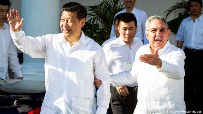 Si Đin Ping i Raul Kastro, 2014. na Kubi