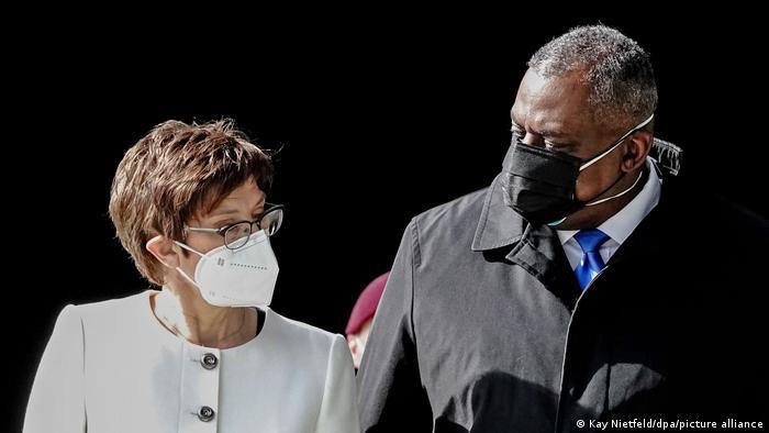 Deutschland US-Verteidigungsminister Lloyd Austin und Annegret Kramp-Karrenbauer
