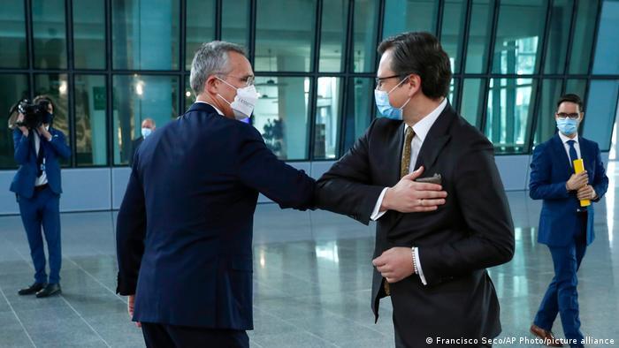 Belgien Treffen Dmytro Kuleba und Jens Stoltenberg in Brüssel
