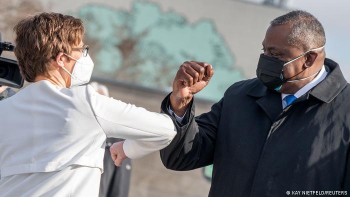 Berlin Besuch Verteidigungsminister USA Lloyd Austin mit Annegret Kramp-Karrenbauer
