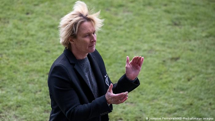 Bundestrainerin Martin Voss-Tecklenburg erkennt trotz des Sieges gegen Norwegen noch Defizite bei ihrem Team