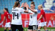 Linda Dallmann celebrates a goal