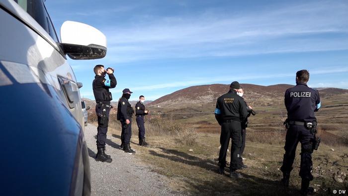 Frontex a aussi été accusé par le passé de refoulement illégaux en Hongrie, en Croatie et en Grèce