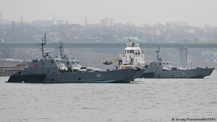 قوارب إنزال من أسطول قزوين التابع للبحرية الروسية