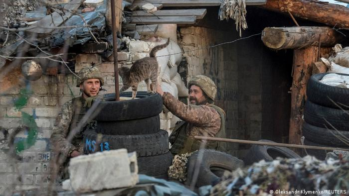Donetsk'teki Ukrayna askerleri
