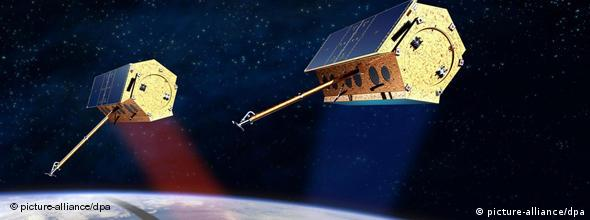 DLR artist's rendering of the two mapping satellites in orbit
