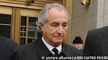 USA | Bernie Madoff Finanz- und Börsenmakler verlässt Gerichtsgebäude