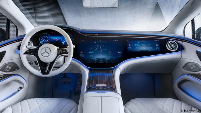Приборная доска электромобиля класса люкс Mercedes EQS