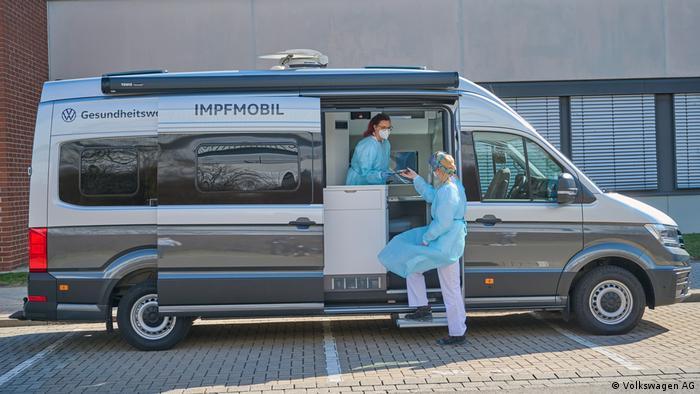 Mobil khusus vaksin