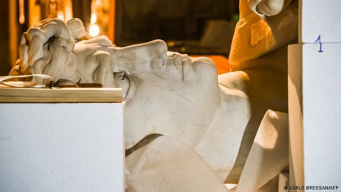 مجسمه داوود، کپی سه بعدی اثر میکل آنژ در راه دبی