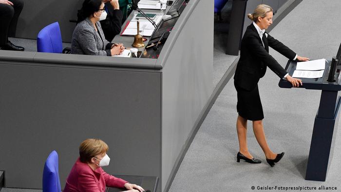 Deutschland 222. Sitzung des Deutschen Bundestages in Berlin