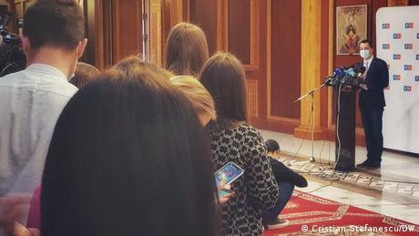 Vlad Voiculescu la întâlnirea cu presa