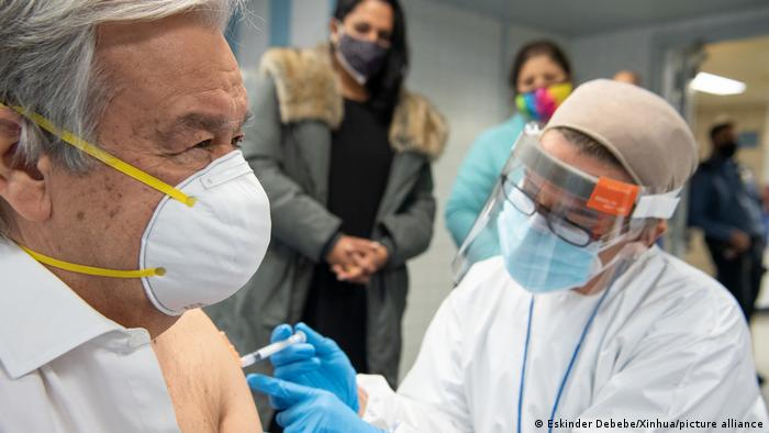 World leaders receiving vaccine | Antonio Guterres