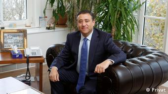 TÜSİAD Yönetim Kurulu Üyesi ve Yatırım Ortamı Yuvarlak Masa BaşkanıFatih Kemal Ebiçlioğlu