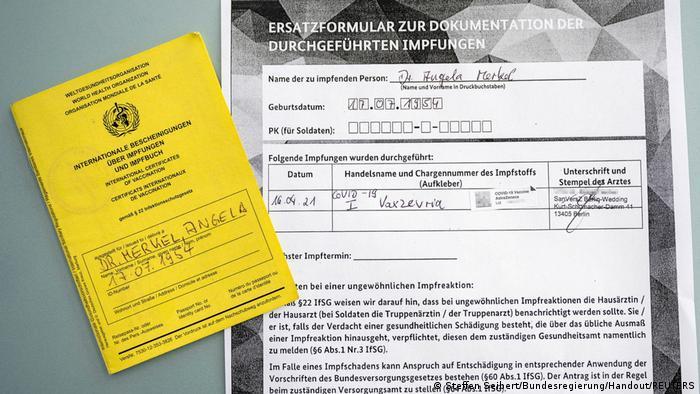Cartão de vacinação de Angela Merkel
