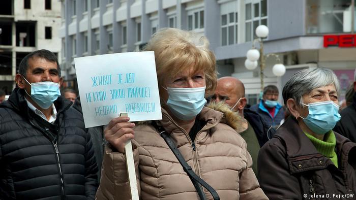 Protest u Aleksandrovcu: Živoj je lep. Ne krši zakon prirode! Ne damo Rađevice!