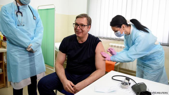 Coronavirus Serbien | Impfkampagne Präsident Vucic