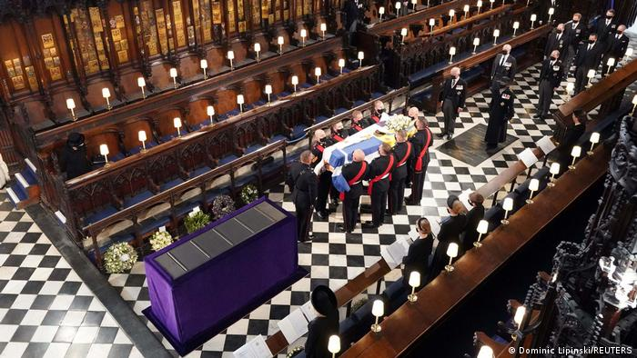 Prince Philip's coffin reaches St. George's Chapel