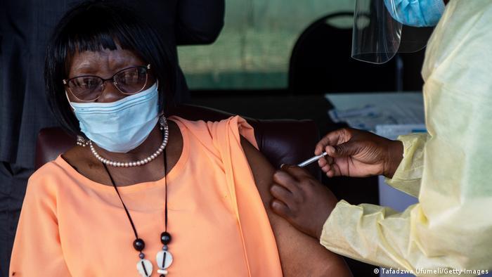 Simbabwe Coronavirus Impfung