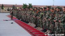 Afghanistan Herat   Abendgebet: Afghanische Soldaten