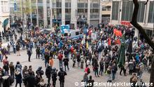 Stuttgart | Trotz Verbots Protest gegen Corona-Maßnahmen