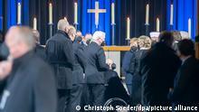 Coronavirus | Berlin Kaiser-Wilhelm-Gedächtnis-Kirche | Gedenken für Covid-Opfer