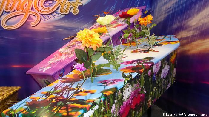 تابوتی برای عاشقان گل و گیاه