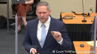 Εισαγγελέας Στηβ Σλάιχερ: Του αφαίρεσε το οξυγόνο, του αφαίρεσε τη ζωή