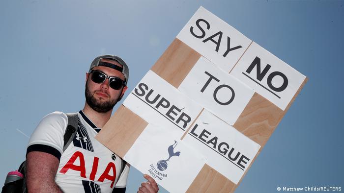 Un fan de Tottenham qui est contre le projet de la SuperLeague