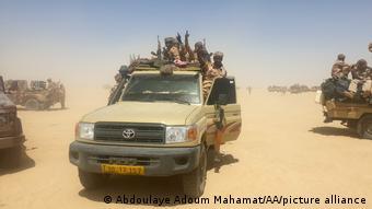 Des unités de l'armée loyaliste tchadienne à Ziguey (19.04.2021)