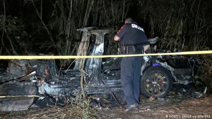 Tesla Unfälle mit autonomen Fahrzeugen