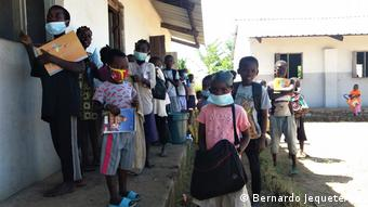 Mosambik Start des Kinderhilfsprojektes SEu Sou Capaz