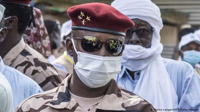 Mahamat Idriss Déby Itno lidera a transição militar no Chade