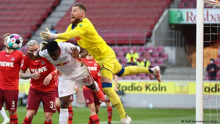 Fussball Bundesliga - FC Cologne vs. RB Leipzig Tor Szene