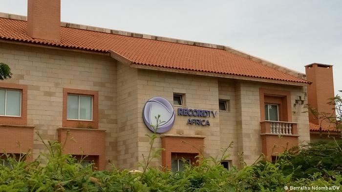 Sitz der Sender Record TV Afrika in Luanda