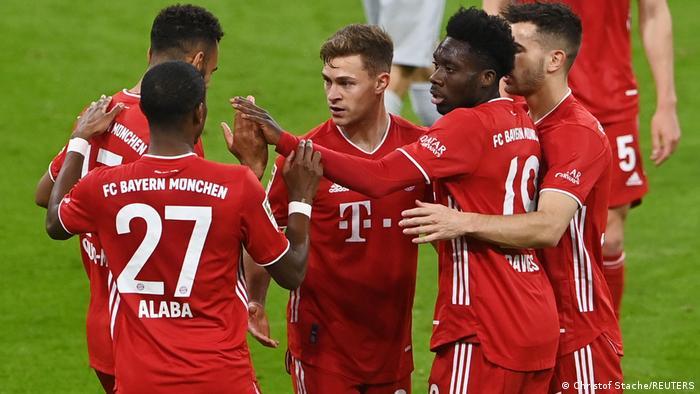 Fußball: Bundesliga Bayern München - Bayer Leverkusen Tor: (2:0)