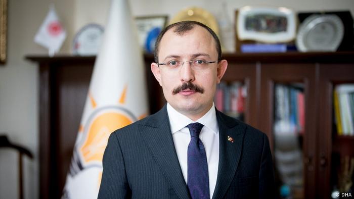 Ticaret Bakanı Ruhsat Pekcan görevden alınarak yerine Mehmet Muş atandı